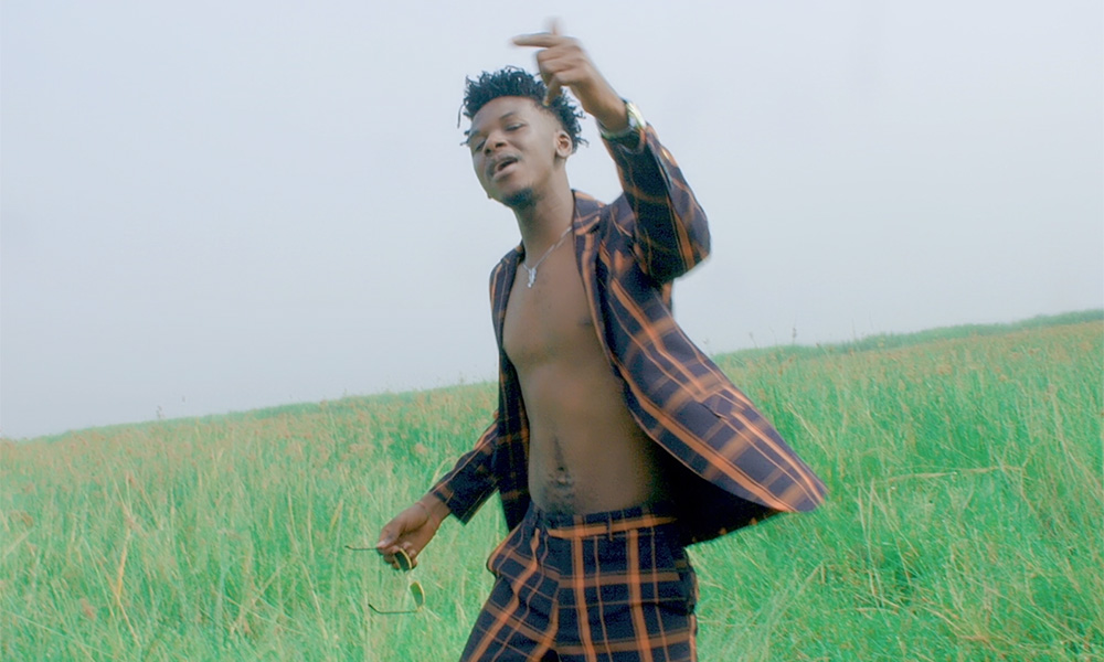 Video Premiere: Evergreen by King Maaga