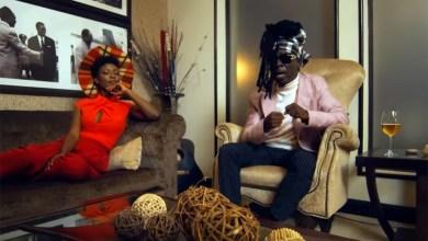 Photo of Video: Akyekyedeɛ Nanteɛ by Kojo Antwi feat. Stonebwoy