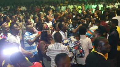 Photo of Joe Mettle, Akesse Brempong, others, thrill thousands at 2019 MTN Stands in Worship