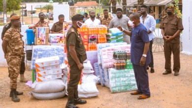Photo of Shatta Wale donates to James Camp Prisons under the Shatta Supports Initiative