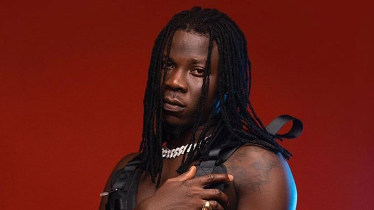 Don't sound like anyone, be unique - Stonebwoy
