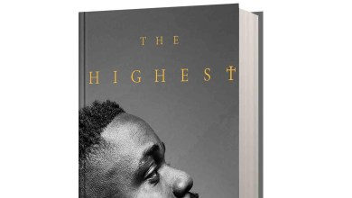 Photo of Sarkodie authors new book; The Highest