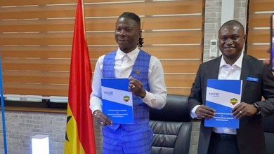 Photo of Stonebwoy clocks ambassadorial deal again with Tecno Ghana