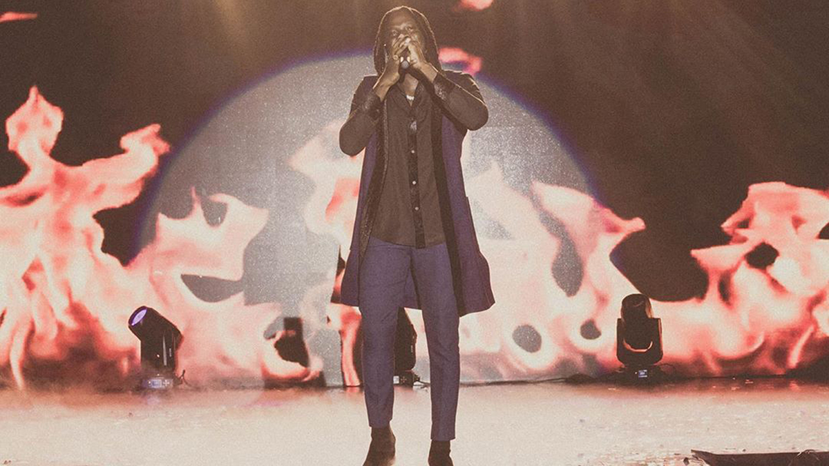 Stonebwoy officially becomes Tecno brand ambassador