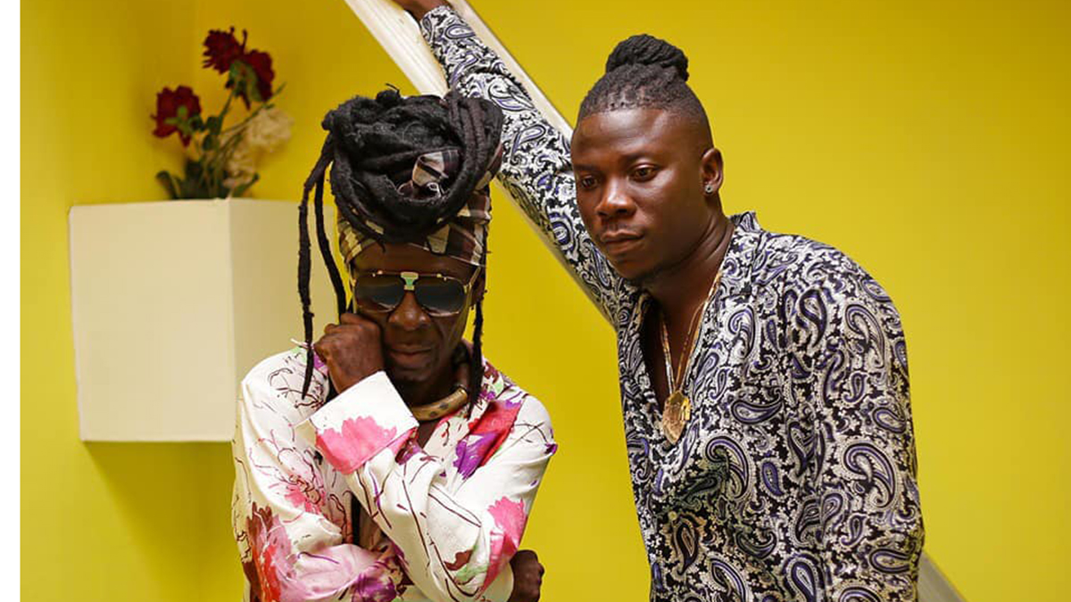Catch the Legend Kojo Antwi & Stonebwoy live in action on Christmas Eve!