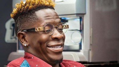 Shatta Wale hilariously jabs political aspirants ahead of official results