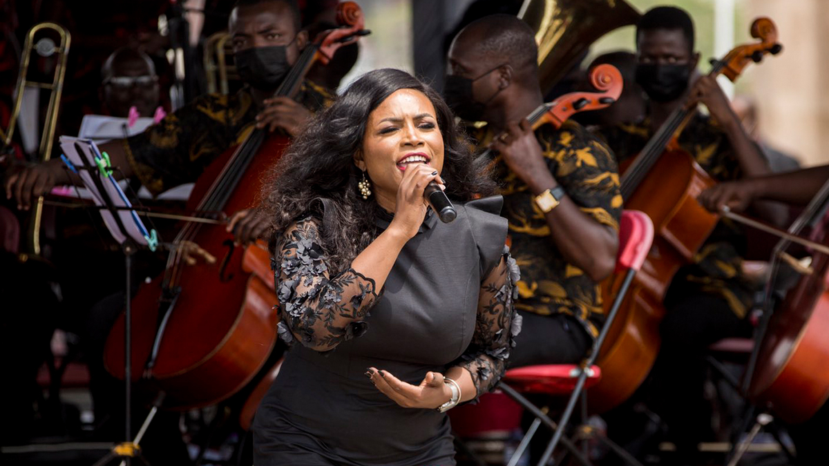 Irene Logan delivers breathtaking performance at JJ Rawlings' funeral; Ghana reacts!