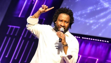 Sonnie Badu chastises government for branding Ghana as a poor country