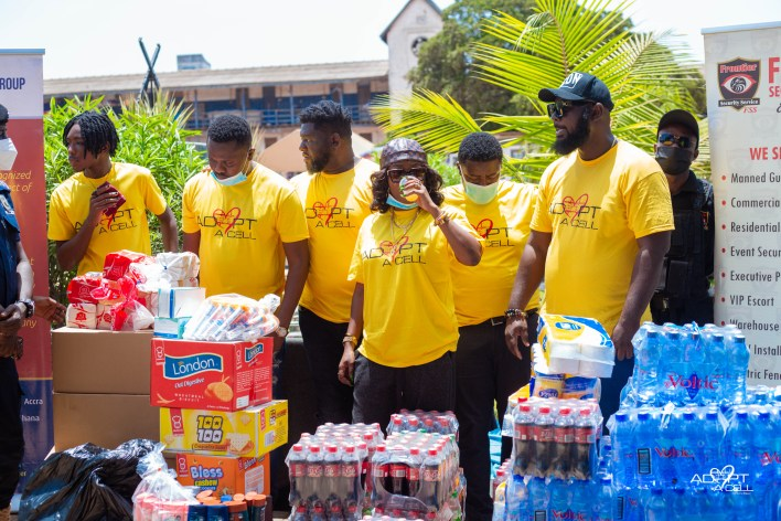 Bullgod donates to inmates of Striking Force cells