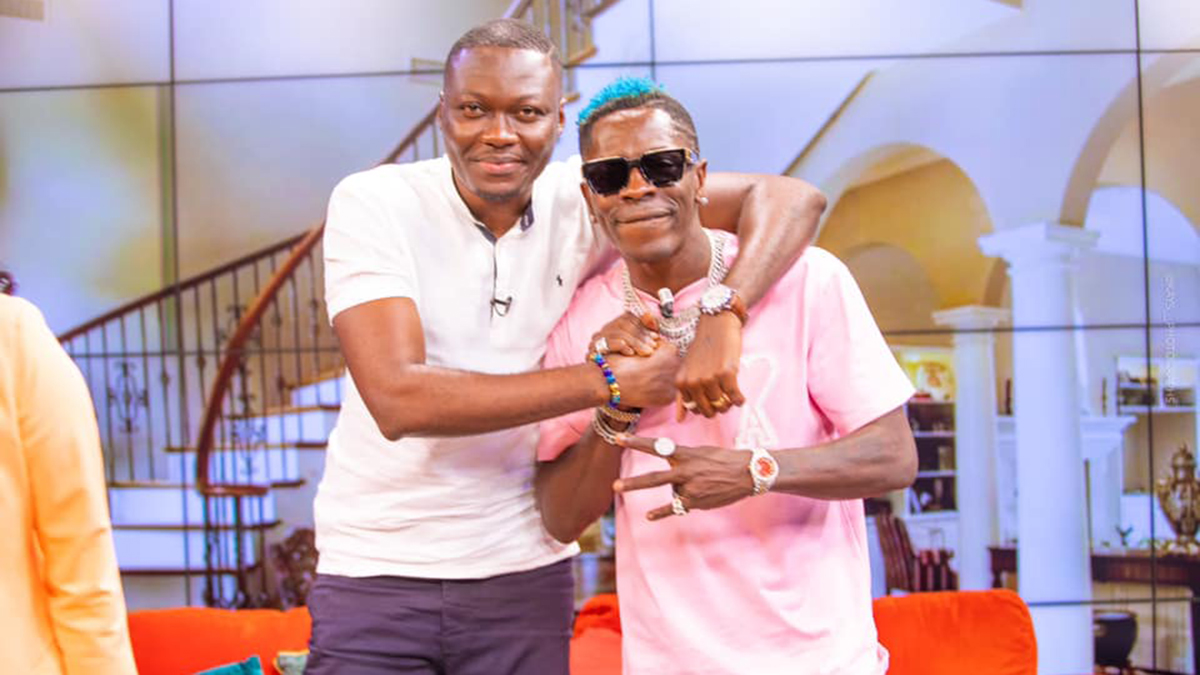 Shw3! Shatta Wale drops diss song to Arnold after SM fans 'hijacked' UTV