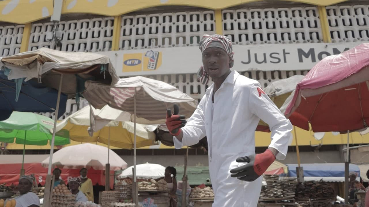 Check Yourself! Papa Yankson comes alive with Zapp Mallet & Akosua Agyapong in Mr Stick's latest visuals