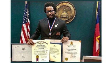 Sonnie Badu shames recent trolls with a lifetime achievement award from Joe Biden!