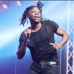 Stonebwoy Cooks Ghana Jollof For This Nigerian Guy In The US & Here's The Funny Thing That Happened Soon After