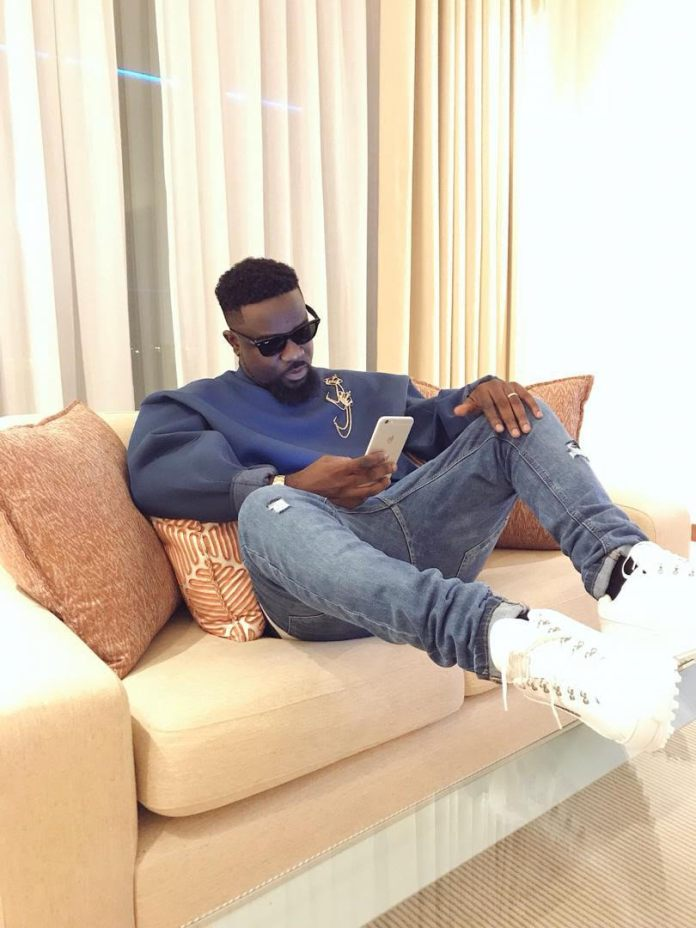 """unnamed 6 - """"Strongman Couldn't Do Much Because He Had Little Time At SarkCess Music""""- D-Black"""