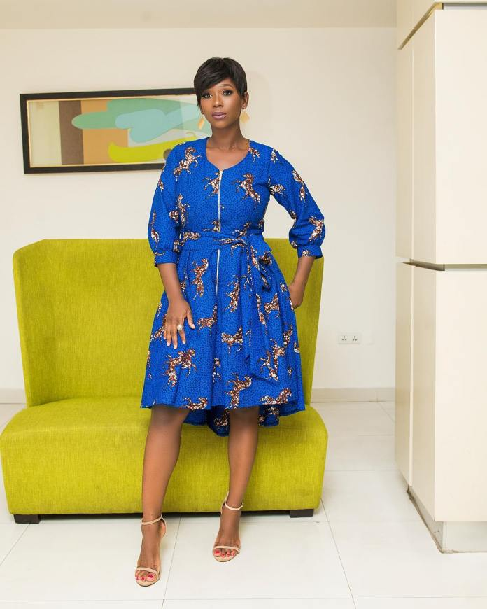 swagofafricanews 53063765 127237685009128 3982036675553878523 n - Ama K Abebrese Looking Stunning In This Blue African Print (MORE Photos
