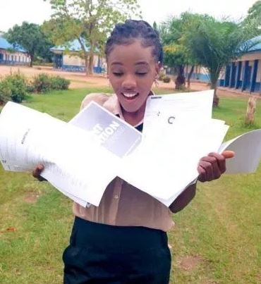 Franka Anyama Undie - Beautiful and brilliant lady flaunts 10 admission letters she got from foreign universities (PHOTOS)