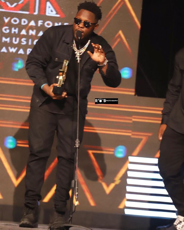 Medikal wins rapper of the year at the 2019 VGMA