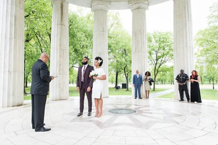 Corona wedding: Man gets married to girlfriend