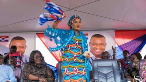 """Vote for Akufo-Addo because he has done better than Mahama, who gave the nation's Bauxite to his brother"" – Samira Bawumia"