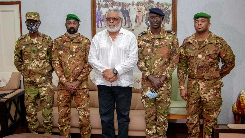 Malian military leaders visit Rawlings; encourages them to ensure peace in their country