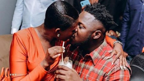 """""""Young rich woman married to a young rich man"""" – Fella Makafui brags about the wealth of Medikal and herself"""