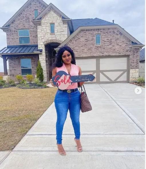 Eva, homeowner at 26 in America