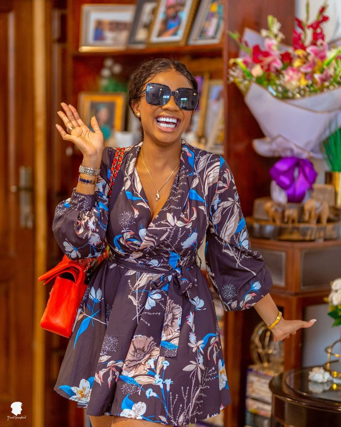 """""""Am I not a woman?"""" – Broadcaster Serwaa Amihere 'begs' man to consider her for marriage"""