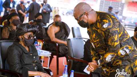 Touching: Find out what John Mahama promised the late Rawlings in his tribute