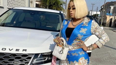 'Friday Nights Are For Spreading Of Legs'- Bobrisky Says As She Steps Out To Meet Her Sugar Daddy (+Video)