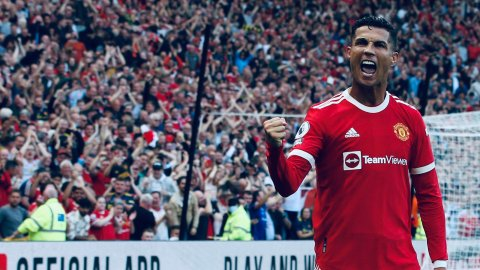 Cristiano Ronaldo beats Mohammed Salah, named as Premier League player of the month September
