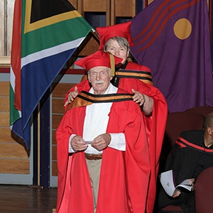 91-year-old grandpa graduate gets PhD, but he's not done yet!