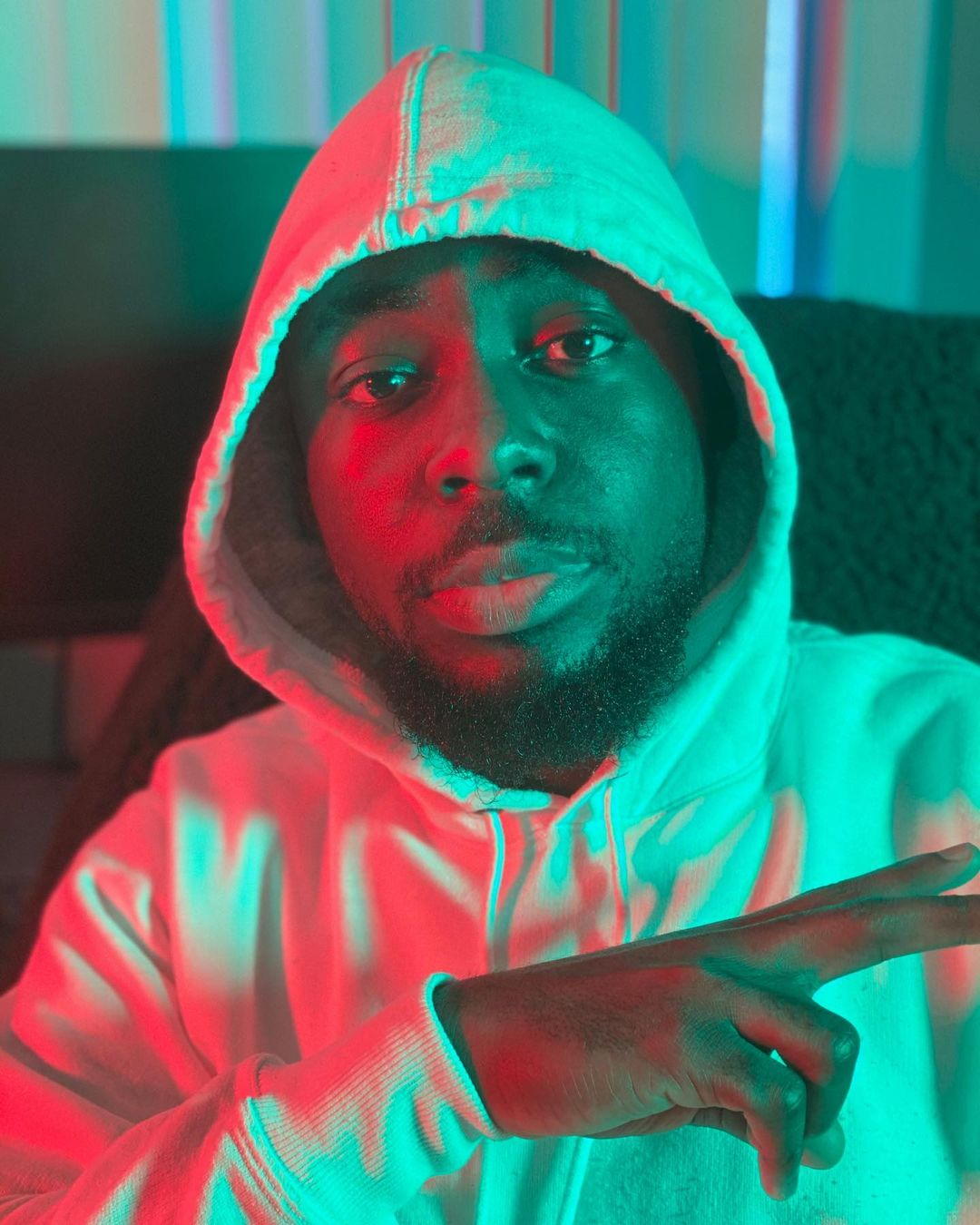 TeePhlow – Stingy (Swag) (Freestyle)
