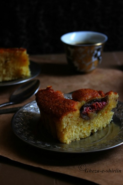Figs & Saffron Cake/Anjeer aur zaffran ka cake