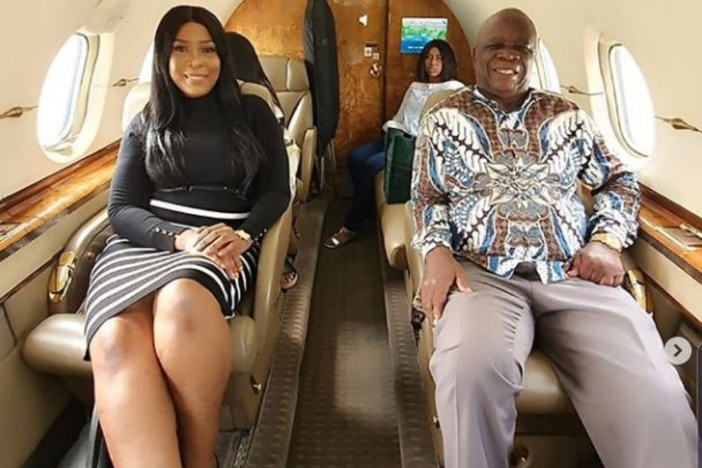 Blogger Linda Ikeji And Her Father Fly In A Private Jet For The First Time- Photos