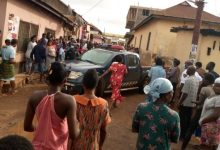Sunyani: Ashawo ladies pounce on man and beat him to death for refusing to pay after s3x