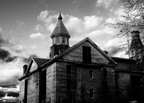 the_old_salem_jail_by_stirlingcreative