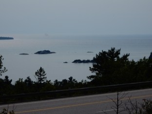 The view from an overlook over the coast off Lake Superior Provincial Park in Ontario.