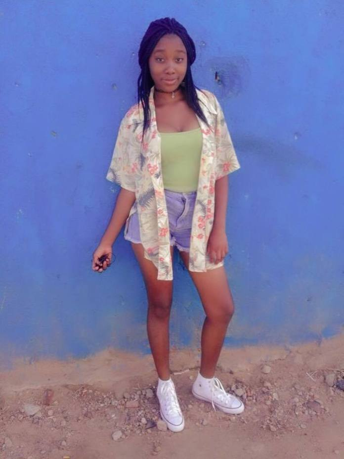 Meet Nthabiseng Matlou, the teen who went n@ked on Facebook to celebrate her birthday [Photos]