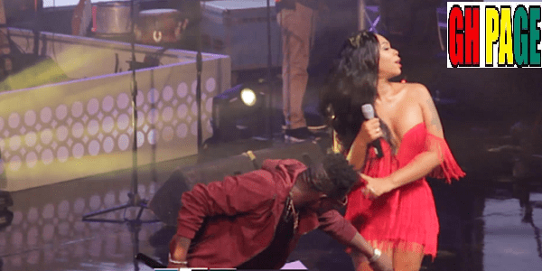[Video] Shatta Wale & Shatta Michy Performing 'Low Tempo' At Becca @10 Concert