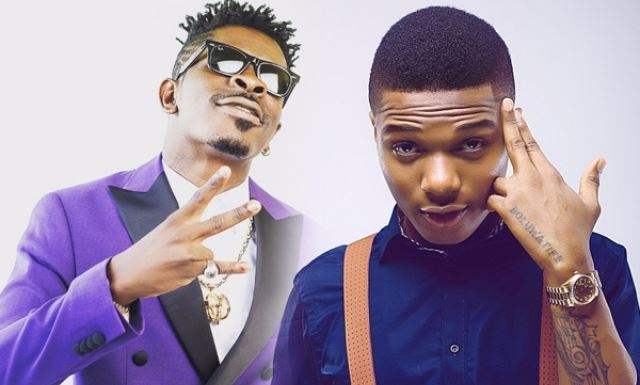 """""""Even Bobrisky's Gateman Is More Popular Than You, Your Lips Are Bigger Than Your Career"""" — Nigerians Descend On Shatta Wale"""