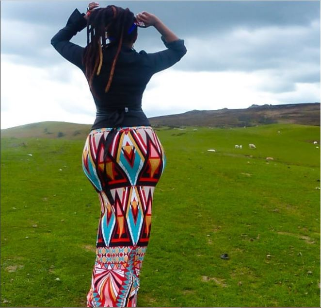 'I Shows Off My $£xy Booty To Thank God' — Singer Says