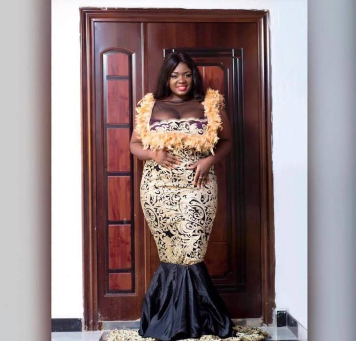 Tracey Boakye.. 1 - Tracey Boakye gets tear-rubber car as a surprise Easter gift from boyfriend