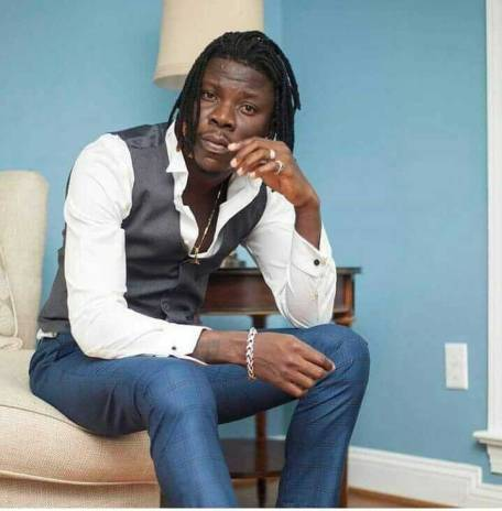 Stonebwoy 1 - Shatta Wale congratulates the BHIM President on his awards