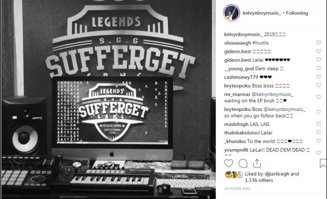 Kelvynbwoy set to leave Stonebwoy's Burniton Music – shows off his own studio