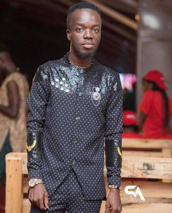 Akwaboah 1 - Akwaboah accused of song theft by an upcoming musician