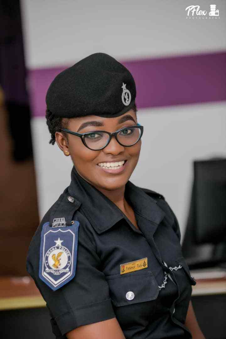 Meet The Most Beautiful Police Woman In Ghana, Who Is Single And Looking For Husband -4186