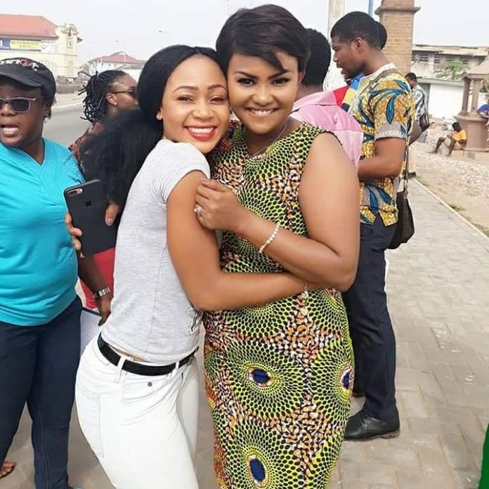 akuapem poloo nana ama mcbrown - Nana Ama McBrown finally takes a photo with Akuapem Poloo