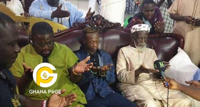 KK Fosu visits Chief Imam - K.K Fosu visits Chief Imam for prayers to get a hit song