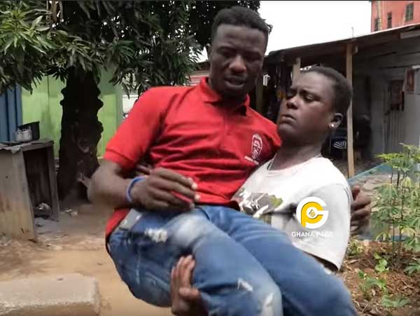 Ghetto Queen carries Kwaku Manu like a baby in an aggressive interview