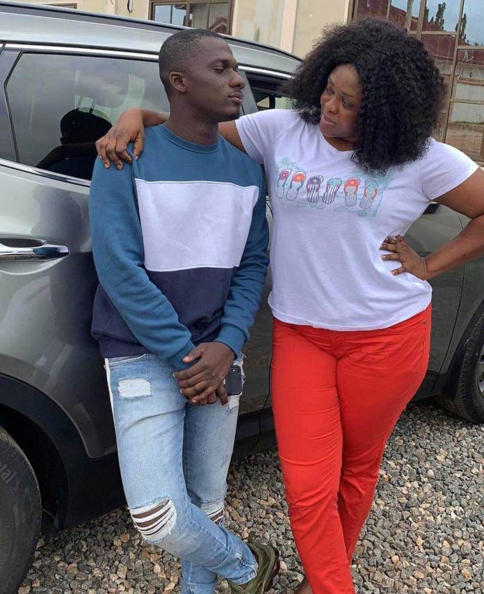 Zion Felix girlfriend photos Minalyn Touch 2 - Blogger, Zion Felix puts his beautiful girlfriend on display as he gushes over her on her birthday